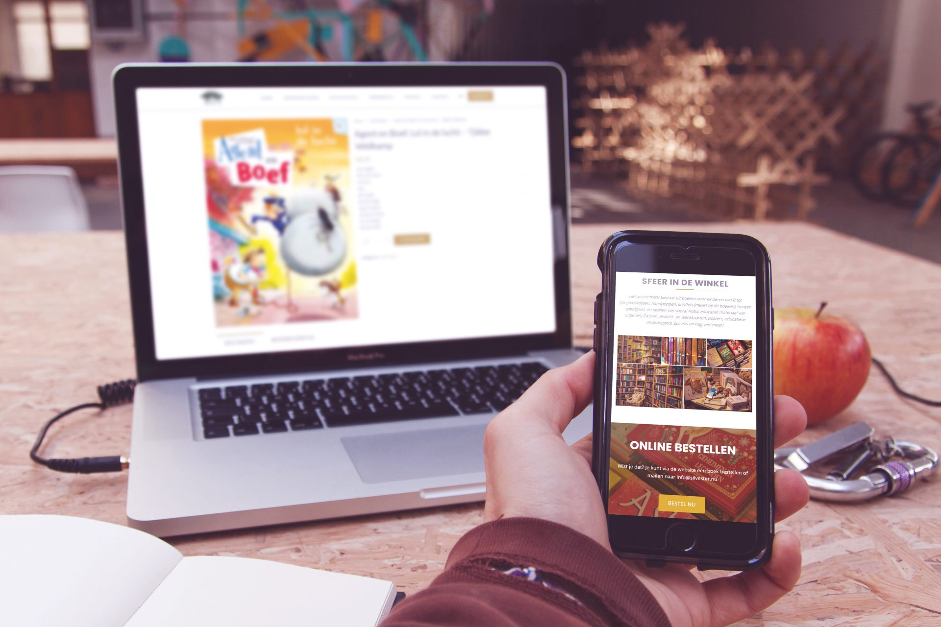 De Silvesterwebsite op mobiel en laptop